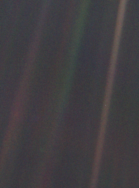cosmic-dust-3-Pale_Blue_Dot